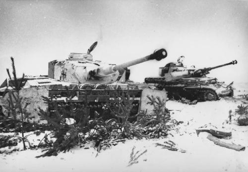 Tanque panzer alemán en el invierno ruso.