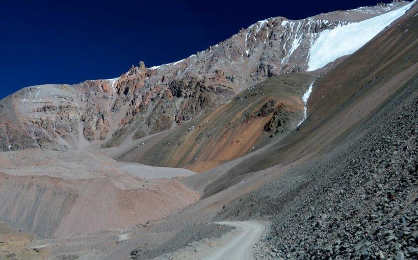 Paso de Agua Negra, lado argentino. Foto de Elvis Boaventura, Panoramio.