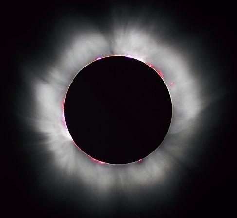 La corona se puede observar a simple vista desde la Tierra durante un eclipse. Foto de Luc Viatour, eclipse de 1999, Francia.