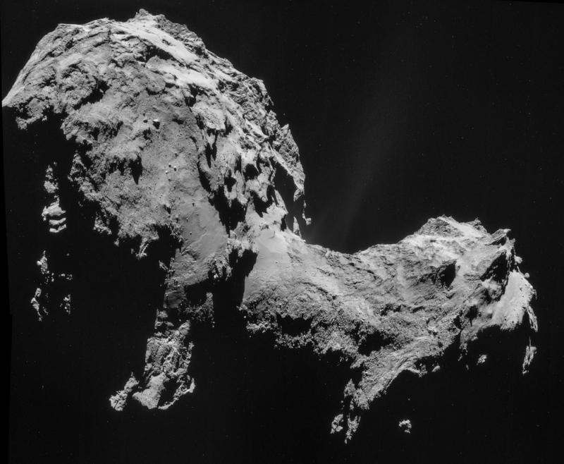 Cometa 67P/Churyumov-Gerasimenko. Fotografía tomada por la cámara a bordo de Rosetta (NavCam) el 19 de septiembre de 2014,a 28.6 km del cometa. Crédito de la imagen: Agencia Espacial Europea/Rosetta/NAVCAM